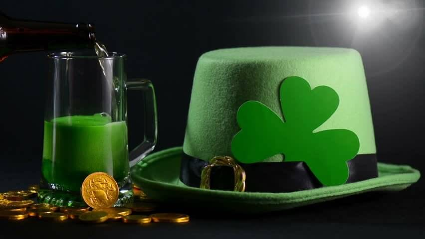 Book Cambridge taxi for St. Patrick's Day in the UK from Transfers 4U